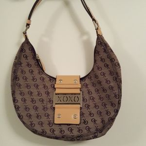 XOXO purple moon shaped mini shoulderbag